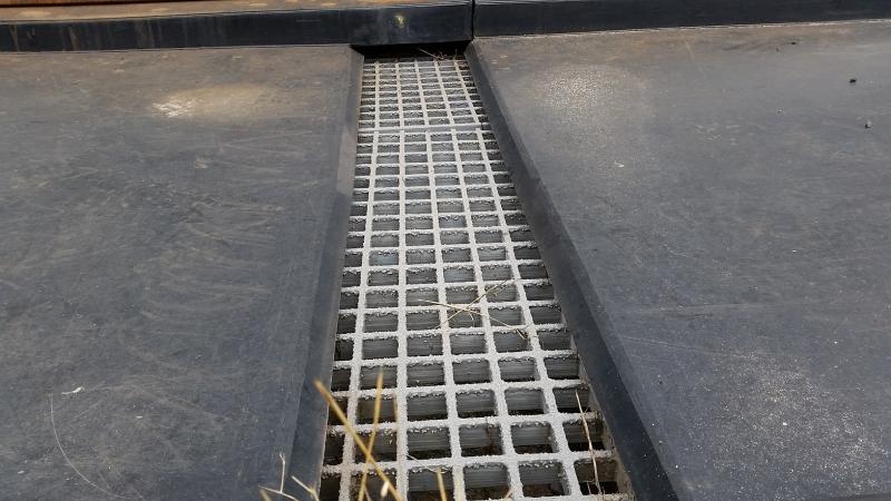 Budowa i uruchomienie punktu rozładunku kwasu, taca ociekowa, punkt rozładunku kwasu siarkowego, punkt rozładunku kwasu solnego, BHP, zgodny z przepisami TDT, dostawa, montaż, instalacja do rozładunku kwasu,