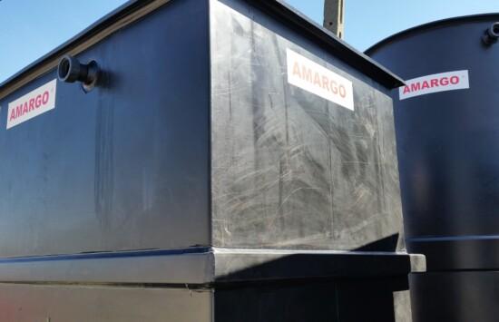 Zbiornik izolowany termicznie HDPE, polietylenowy chemoodporny wraz z izolacją i płaszczem zewnętrznym, dwupłaszczowy, prostopadłościenny
