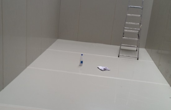 Wykonanie i montaż zbiornika z polipropylenu wewnątrz budynku