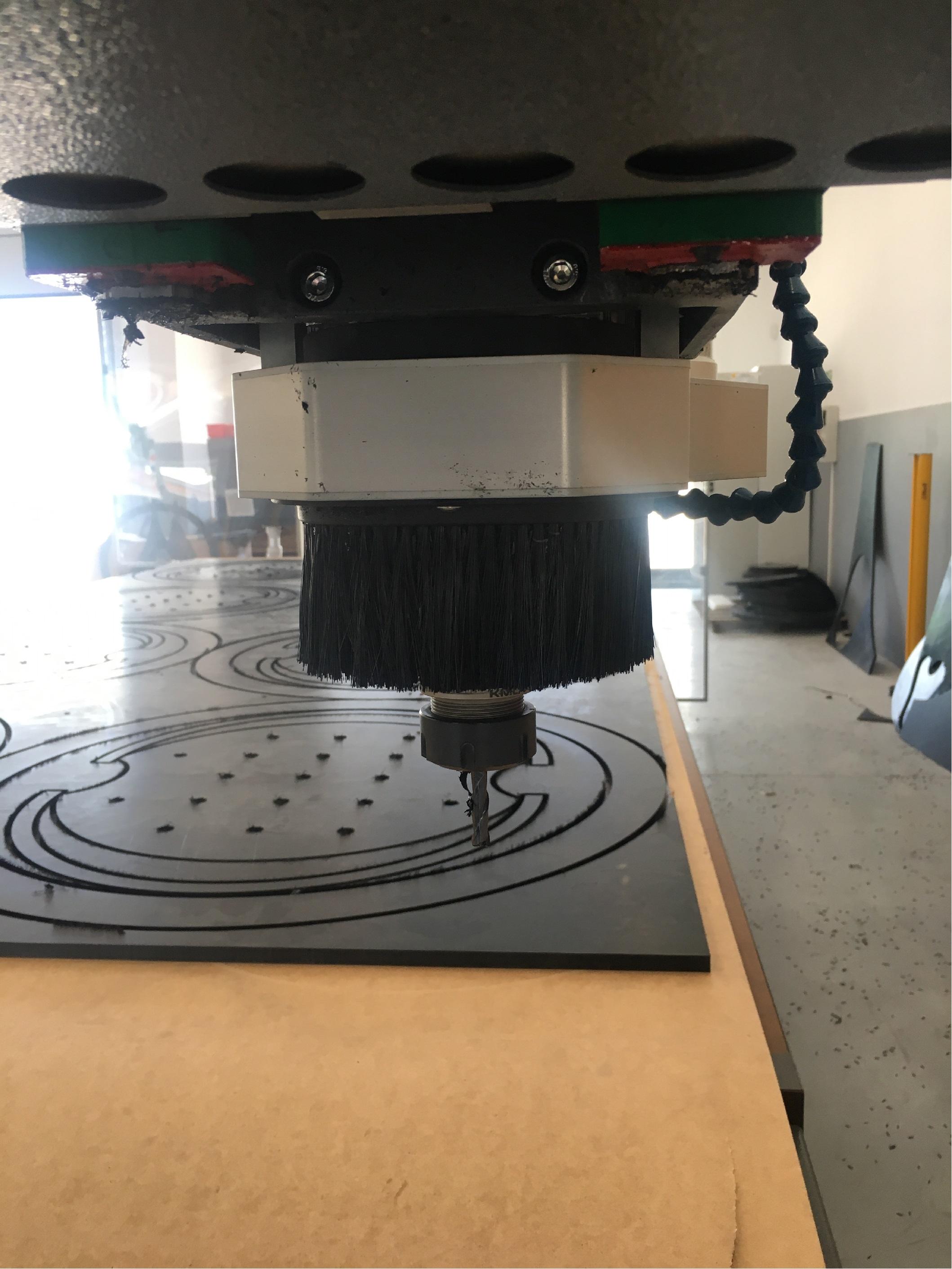 Maszyna CNC wykrajane frezowanie