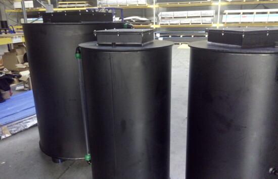Zbiornik na kwas fosforowy z UDT – kto wykona zbiornik na kwas z tworzywa?