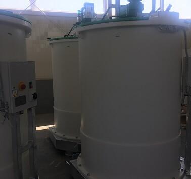 Dozowanie chemii, układy dozowania chemikaliów, zbiorniki procesowe z tworzywa