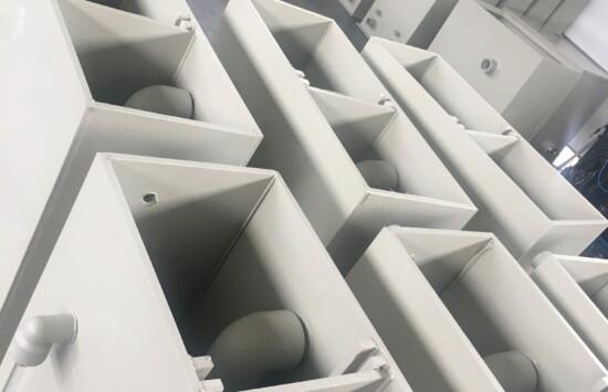 Agregat wody lodowej, zbiorniki wody chłodniczej, zbiorniki buforowe chillery