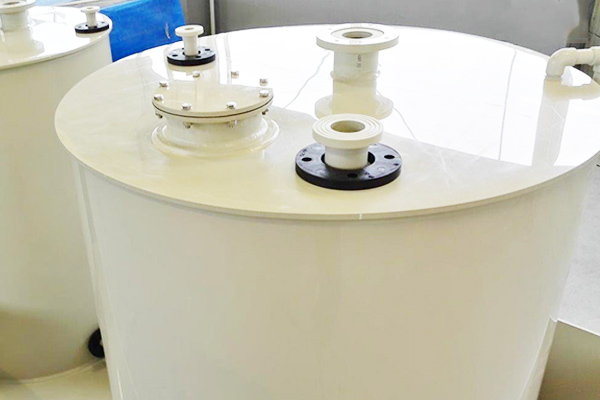 Zbiorniki chemoodporne do koncentratów nawozowych