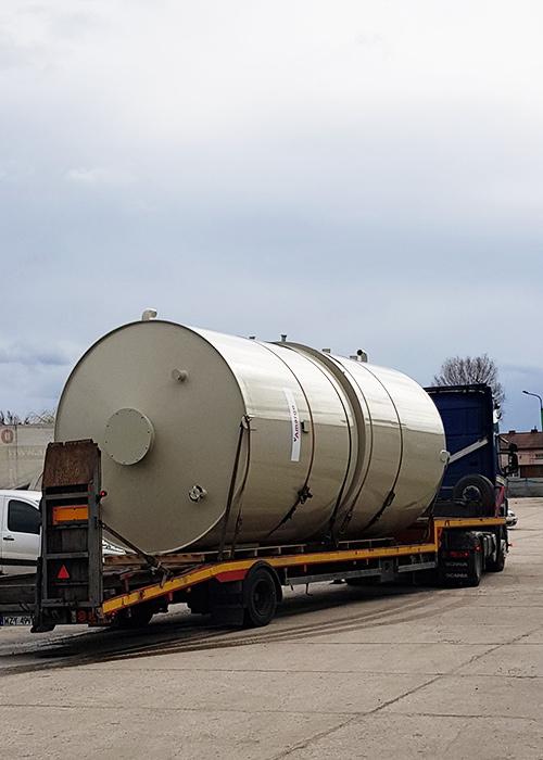 Zbiornik chemoodporny procesowy z tworzywa - produkcja, dostawa, montaż