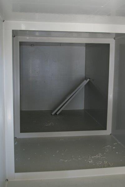 urządzenie w formie zbiornika prostopadłościennego z pp paneli