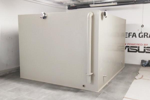 Zbiornik ppoż. 18 metrów sześciennych z tworzywa PPC-UV budowany wewnątrz na miejscu -wytrzymały i odporny na korozję